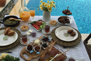 Would you like to have breakfast at Sedirli Ev?